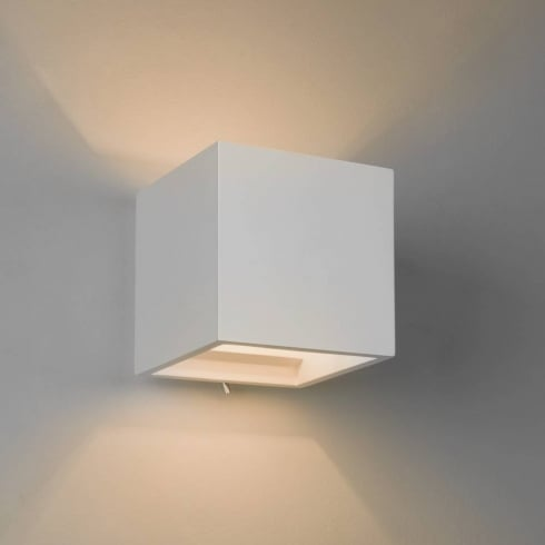 Astro Pienza 140 Switched Surface Wall Light White Ceramic