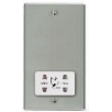 Hamilton Hartland 73SHSW Bright Chrome Shaver Dual Voltage Unswitched Socket (Vertically Mounted)